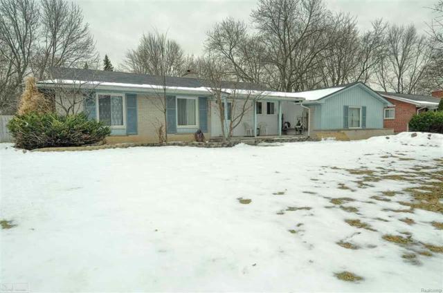 31741 W 13 MILE RD, Farmington Hills, MI 48334 (#58031338293) :: RE/MAX Nexus