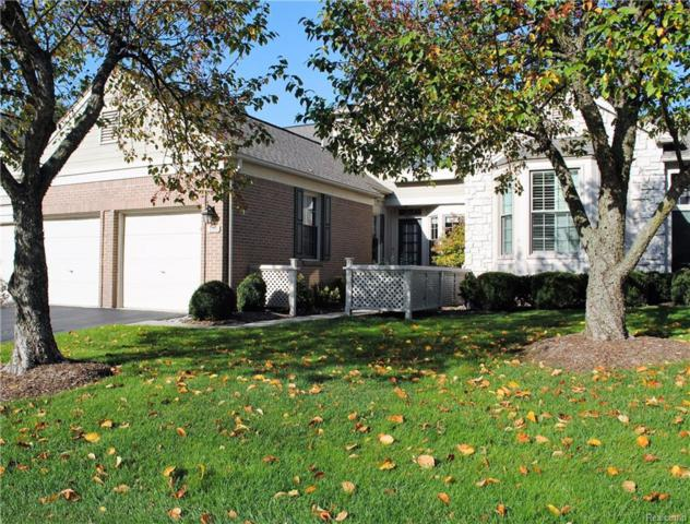 539 Newburne Pointe S, Bloomfield Twp, MI 48304 (#218010310) :: RE/MAX Classic