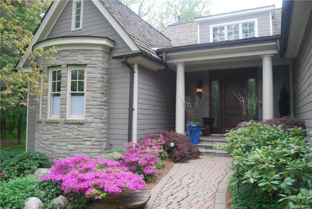 63 Scenic Oaks S, Bloomfield Hills, MI 48304 (MLS #218011091) :: The Toth Team