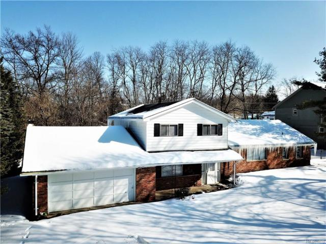 5585 Halsted Road, West Bloomfield Twp, MI 48322 (MLS #218012517) :: The Toth Team