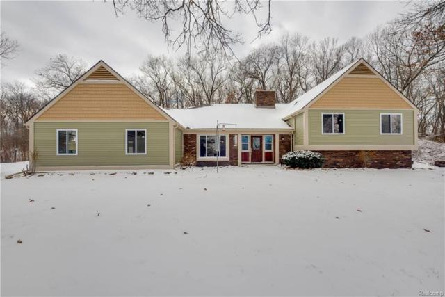 755 W Buno Road, Milford Twp, MI 48381 (#218013052) :: The Buckley Jolley Real Estate Team