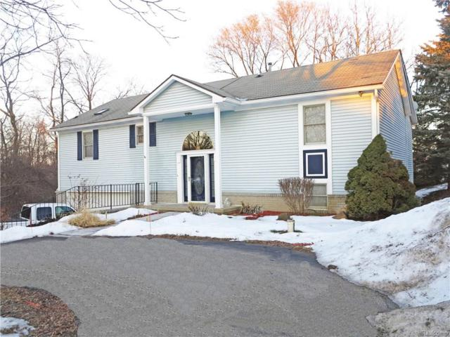 2235 Hiller Road, West Bloomfield Twp, MI 48324 (#218013316) :: RE/MAX Classic