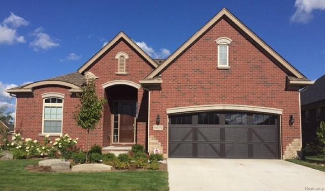 837 Secret Way, Commerce Twp, MI 48390 (#218014295) :: The Buckley Jolley Real Estate Team