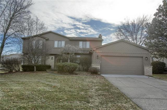 30241 Southampton Lane, Farmington Hills, MI 48331 (#218014408) :: RE/MAX Classic