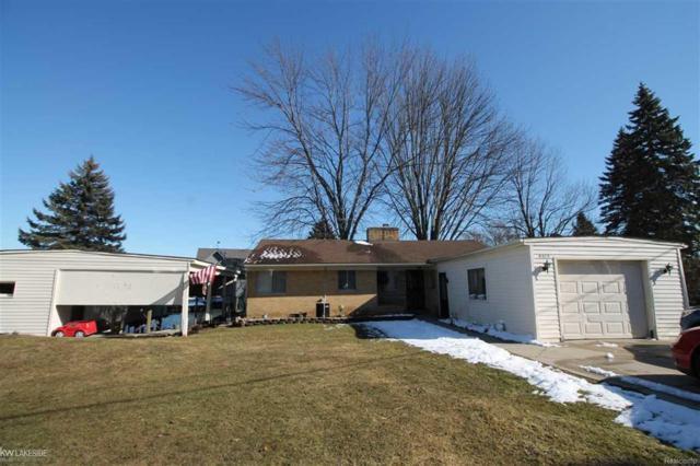 9615 N River, Clay Twp, MI 48001 (#58031341351) :: Duneske Real Estate Advisors