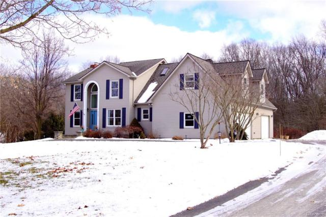 2583 Harvest Hill Drive, Brighton Twp, MI 48114 (#218017634) :: The Buckley Jolley Real Estate Team