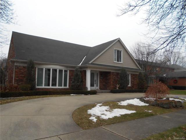 584 Coventry Lane, Grosse Pointe Woods, MI 48236 (MLS #218017703) :: The Toth Team