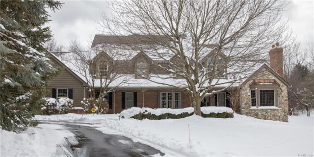 9150 Fox Hollow Road, Independence Twp, MI 48348 (#218020413) :: The Buckley Jolley Real Estate Team