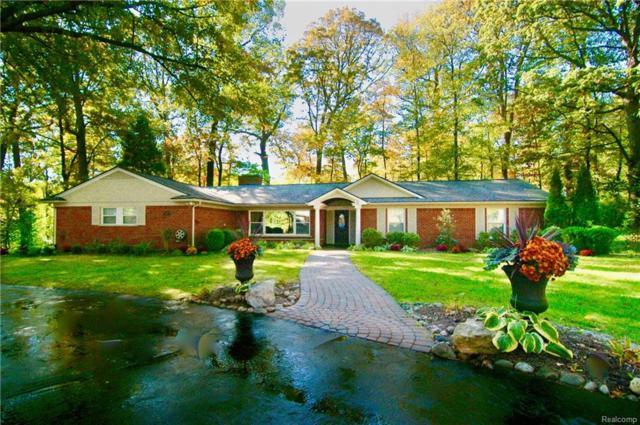 2305 Charnwood Drive, Troy, MI 48098 (#218021401) :: Duneske Real Estate Advisors