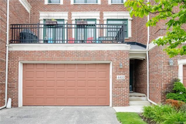 4410 Gateway Circle, West Bloomfield Twp, MI 48322 (#218021669) :: Simon Thomas Homes