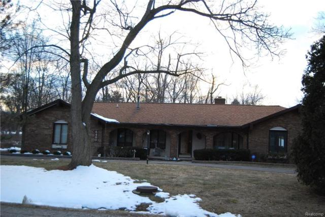 5430 W Doherty Street, West Bloomfield Twp, MI 48323 (#218021718) :: Simon Thomas Homes