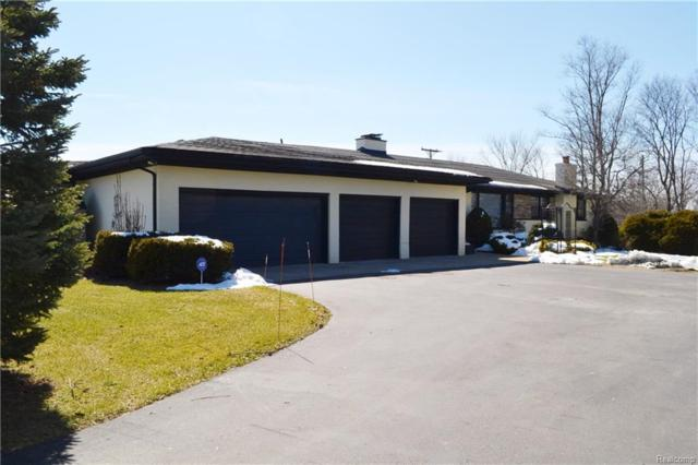 9270 N Territorial Road, Salem Twp, MI 48170 (MLS #218021757) :: The Toth Team