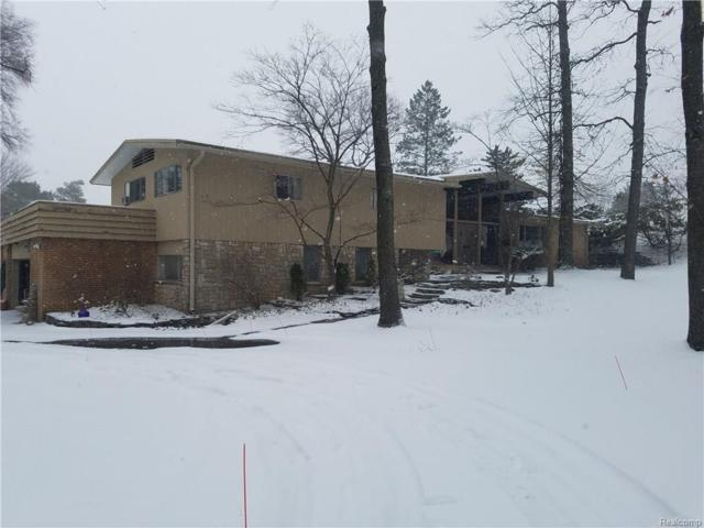 3909 Lakeland Lane, Bloomfield Twp, MI 48302 (#218021913) :: RE/MAX Nexus