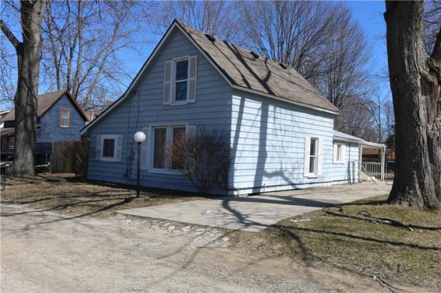 25453 8TH Street, Grosse Ile Twp, MI 48138 (#218022312) :: Duneske Real Estate Advisors