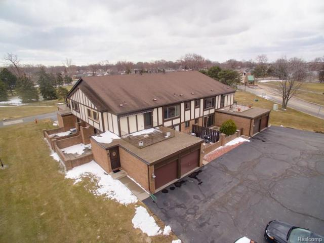 110 Country Club Drive, Saint Clair Shores, MI 48082 (#218022317) :: Duneske Real Estate Advisors