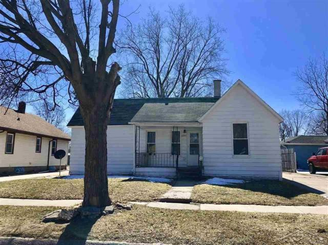 1909 Stanley, Saginaw, MI 48602 (#61031342561) :: RE/MAX Nexus