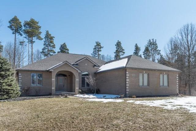 9329 Garrison Court, Green Oak Twp, MI 48178 (MLS #218023472) :: The Toth Team