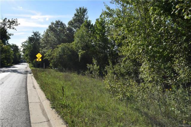 7780 Walnut Lake, West Bloomfield Twp, MI 48323 (#218024000) :: RE/MAX Vision