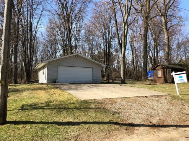2669 Melvin Drive, Hamburg Twp, MI 48169 (MLS #218025577) :: The Toth Team