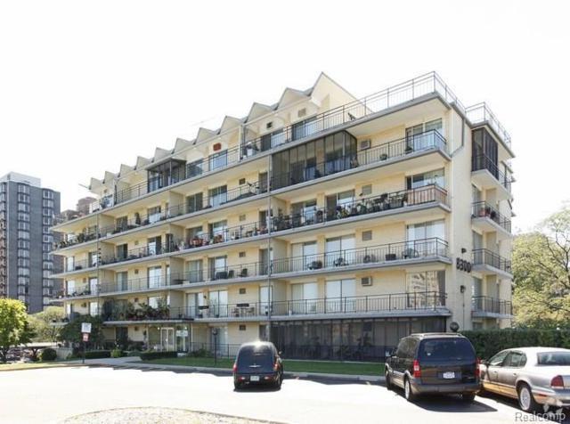 8300 E Jefferson Avenue #207, Detroit, MI 48214 (#218025756) :: Duneske Real Estate Advisors