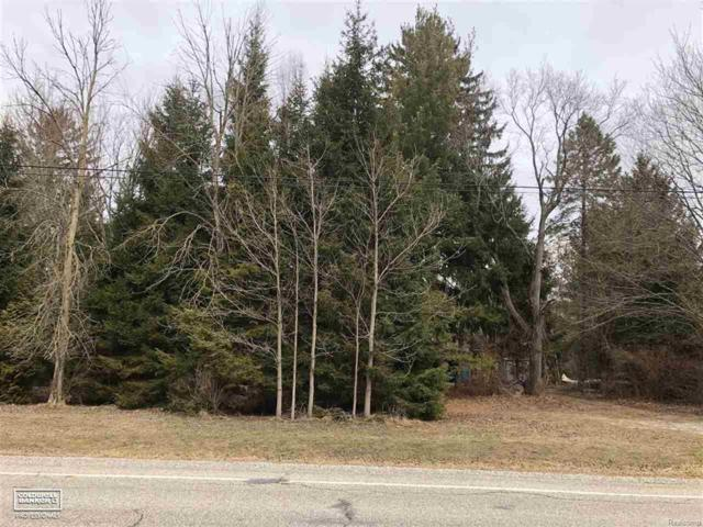5886 Griswold, Kimball Twp, MI 48074 (MLS #58031343538) :: The Toth Team