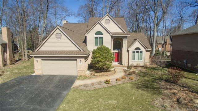1812 Hampshire Court, Commerce Twp, MI 48382 (MLS #218026556) :: The Toth Team