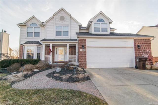 2587 Ivy Hill Drive, Commerce Twp, MI 48382 (#218026786) :: RE/MAX Vision