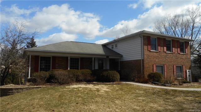 141 Coachlamp Road, Oakland Twp, MI 48306 (MLS #218028459) :: The Toth Team