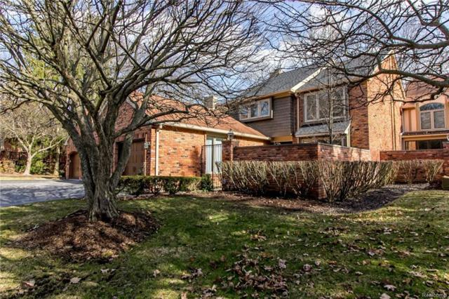 4006 Hidden Woods Drive, Bloomfield Twp, MI 48301 (#218028816) :: Duneske Real Estate Advisors