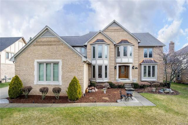 3736 Newcastle Drive, Rochester Hills, MI 48306 (MLS #218030218) :: The Toth Team