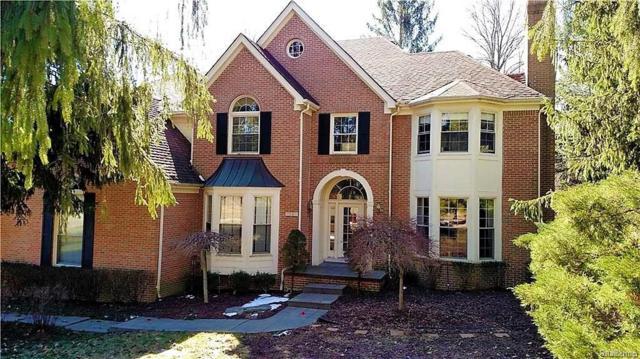 7561 Knoll Crest Drive, West Bloomfield Twp, MI 48322 (#218031391) :: Duneske Real Estate Advisors