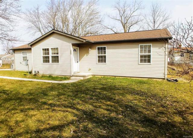 1063 Lincoln, Grand Blanc Twp, MI 48507 (MLS #50100001594) :: The Toth Team