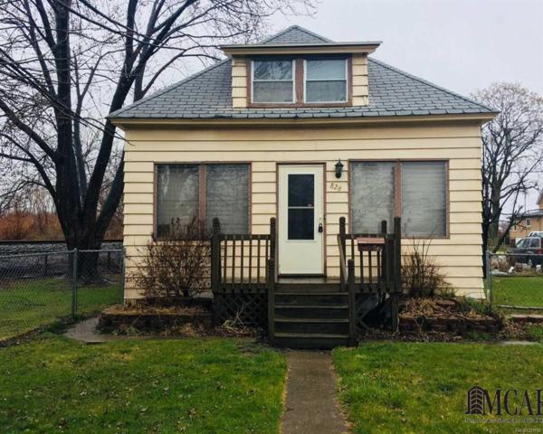 826 Orange St, Wyandotte, MI 48192 (MLS #57003452124) :: The Toth Team