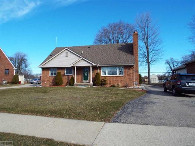 18683 Common, Roseville, MI 48066 (MLS #58031345109) :: The Toth Team