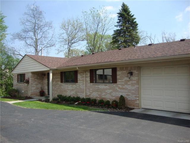 164 E Hickory Grove #14, Bloomfield Hills, MI 48304 (#218033015) :: RE/MAX Classic