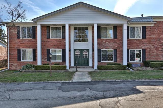 2375 Mulberry Square #69, Bloomfield Twp, MI 48302 (#218033742) :: Duneske Real Estate Advisors