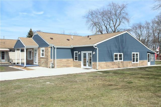 30977 Bayview Drive, Gibraltar, MI 48173 (#218033897) :: The Buckley Jolley Real Estate Team