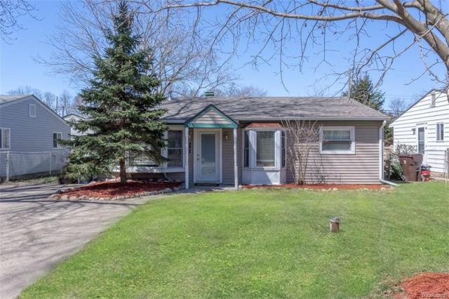 3011 Roselawn Street, Commerce Twp, MI 48390 (#218034404) :: Duneske Real Estate Advisors