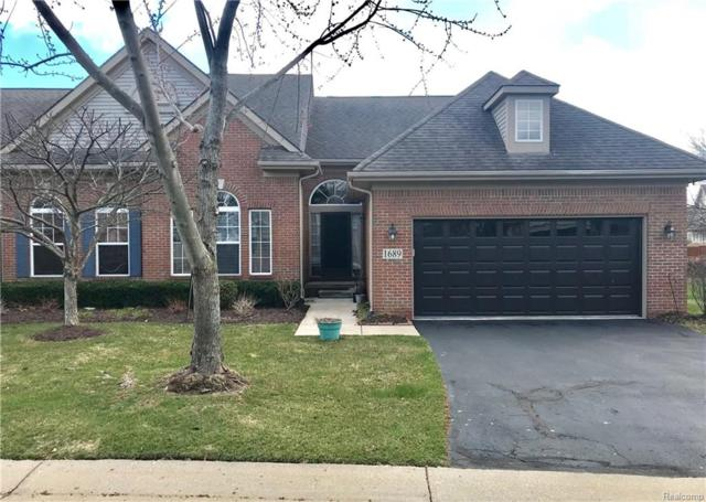 1689 Treyborne Circle, Commerce Twp, MI 48390 (#218035015) :: Duneske Real Estate Advisors