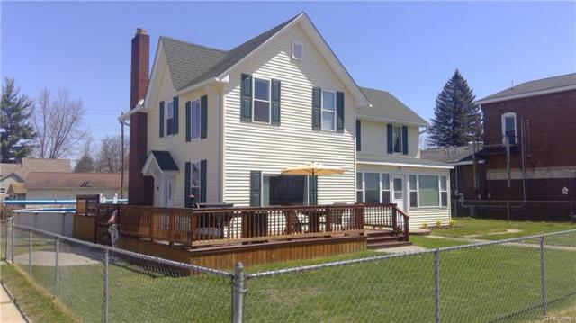 4643 Middle Street, Columbiaville Vlg, MI 48421 (#218037242) :: RE/MAX Classic