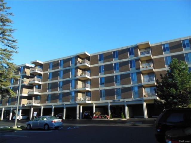 600 W Brown Street #106, Birmingham, MI 48009 (#218037675) :: Duneske Real Estate Advisors