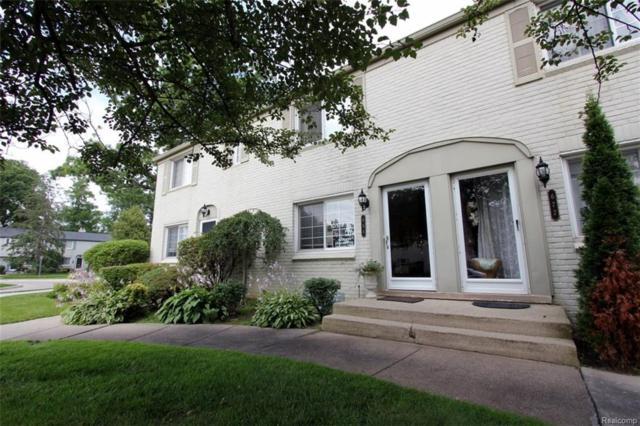 684 Graefield Court, Birmingham, MI 48009 (#218039511) :: Duneske Real Estate Advisors