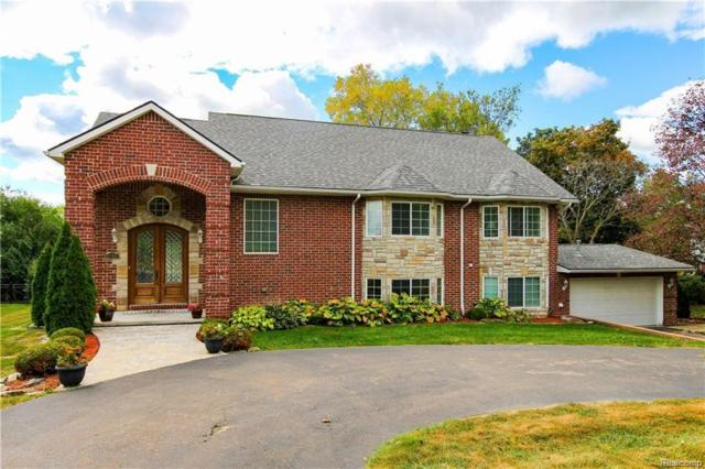 3085 Woodland Ridge Drive, West Bloomfield Twp, MI 48323 (#218040135) :: The Mulvihill Group