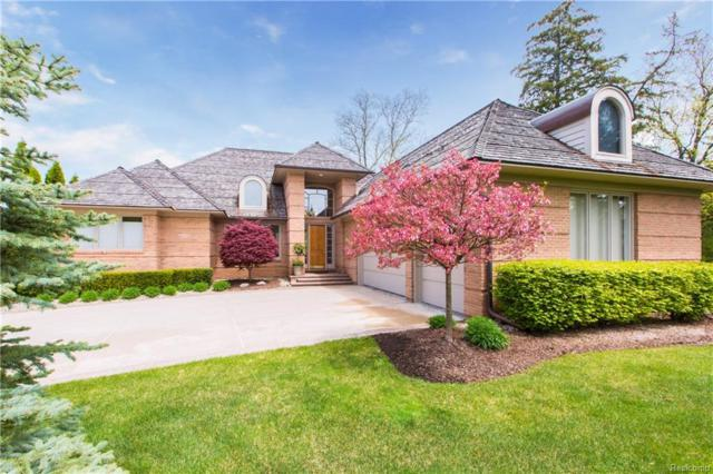 3300 S Shore Circle, West Bloomfield Twp, MI 48323 (#218042192) :: Duneske Real Estate Advisors