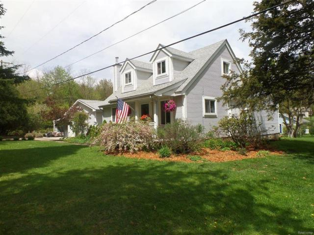 2447 Houser, Holly Twp, MI 48442 (#50100002082) :: RE/MAX Classic