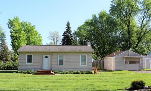 520 W Paulson Street, Lansing, MI 48906 (#630000226281) :: Duneske Real Estate Advisors