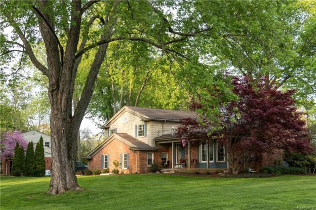 2915 Masefield Drive, Bloomfield Twp, MI 48304 (#218043846) :: Duneske Real Estate Advisors