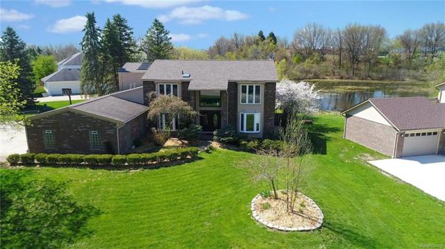 2901 Brentwood Road, West Bloomfield Twp, MI 48323 (#218045026) :: RE/MAX Classic