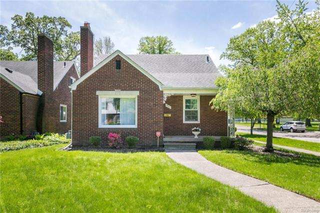 1931 Kenmore Drive, Grosse Pointe Woods, MI 48236 (#218045775) :: RE/MAX Classic