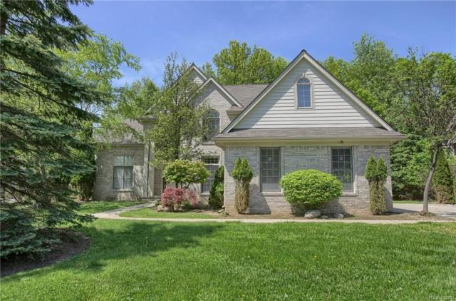 7326 Autumn Hill Drive, West Bloomfield Twp, MI 48323 (#218046290) :: RE/MAX Classic